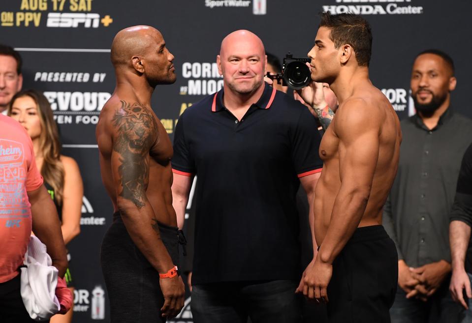 UFC 241: Weigh-ins