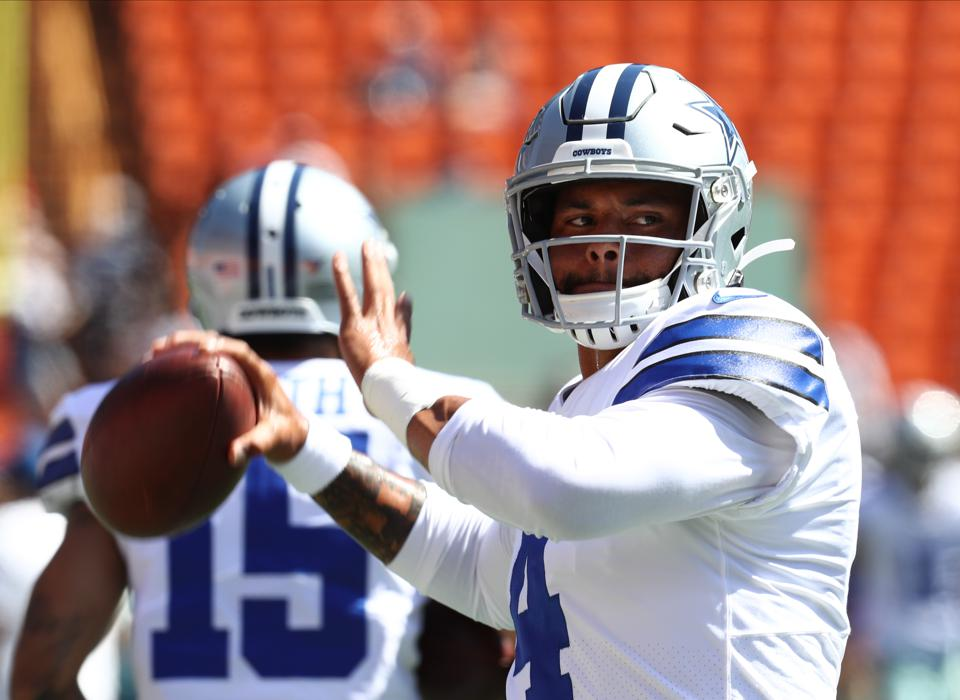 wholesale dealer 7e723 57b22 Dak Prescott And Other NFL Players Who Could Receive Record ...