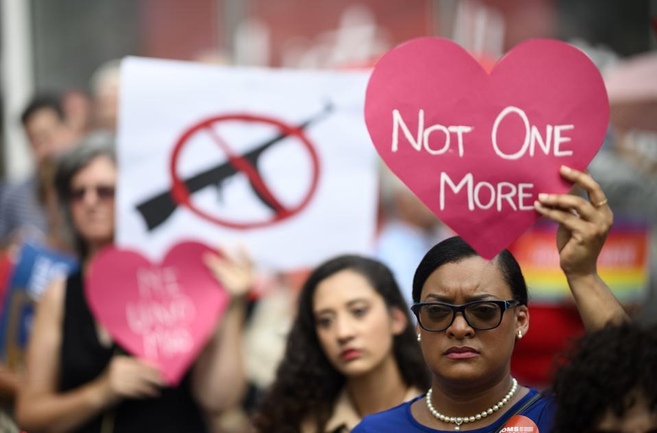 トップショット-米国-政治-抗議-銃-暴力