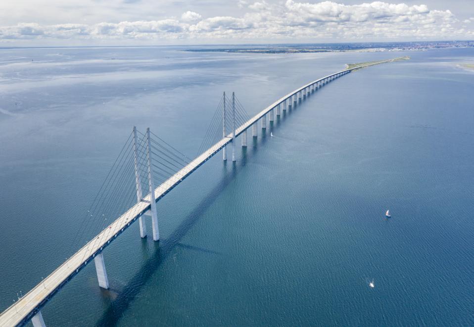 Øresund, Öresund Bridge connecting Sweden with Denmark