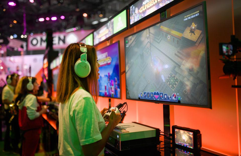 GERMANY-VIDEO-GAMES-FAIR-MEDIA-GAMESCOM