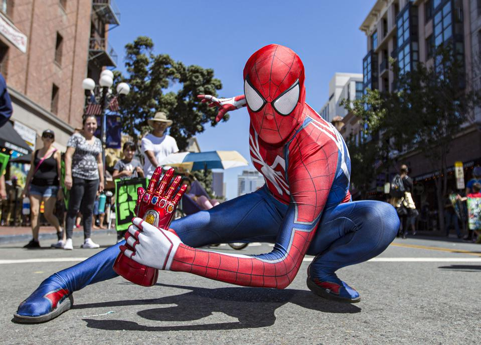 2019 Comic-Con International - General Atmosphere And Cosplay (Photo by Daniel Knighton/Getty Images)