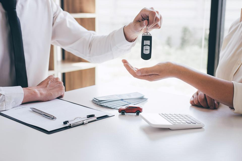 Flexible contract terms add to the popularity of used car leasing