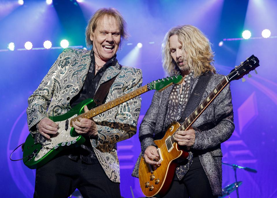 STYX Performs At PNE Amphitheatre