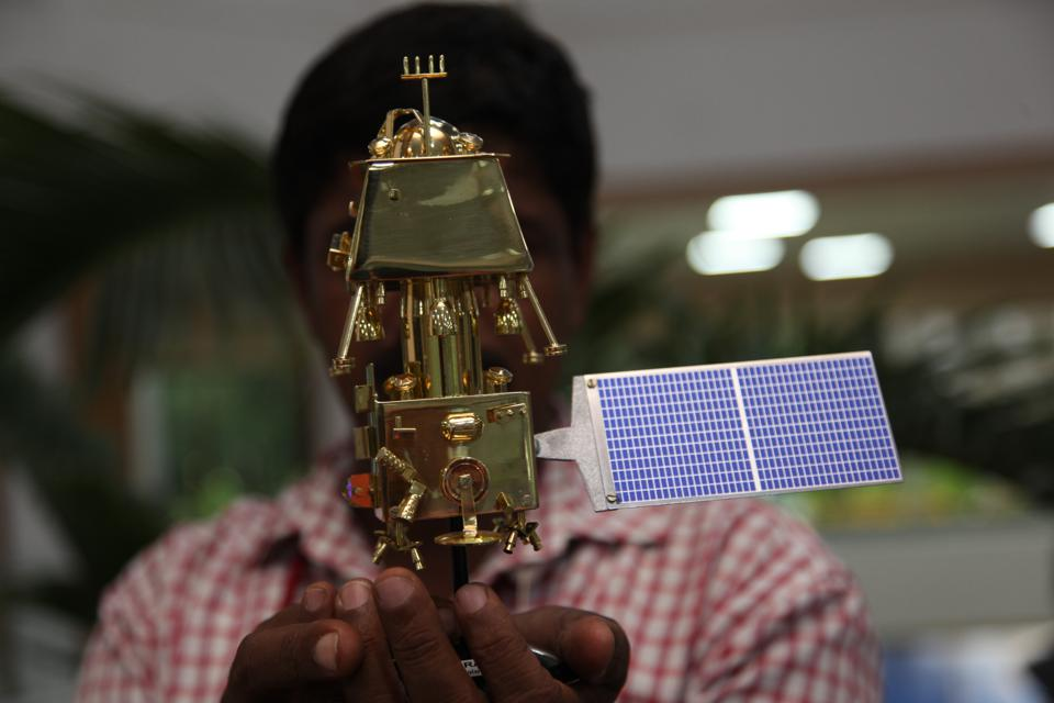 Scale Models of India's launches ambitious mission to the moon, special scale models on display