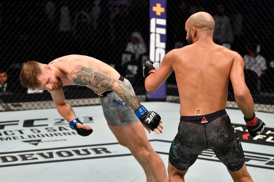 UFC 242: Ottman Azaitar Scores Devastating One-Punch KO (VIDEO) Well Worth  $50,000 Bonus