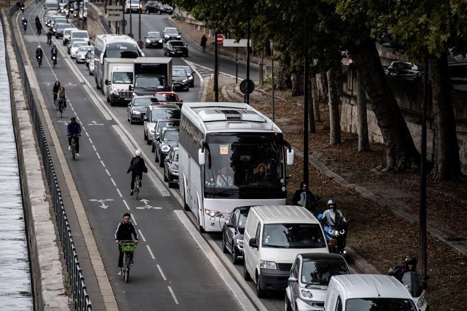 Paris Transit Strike Boosts Use Of City's Major New Cycleways
