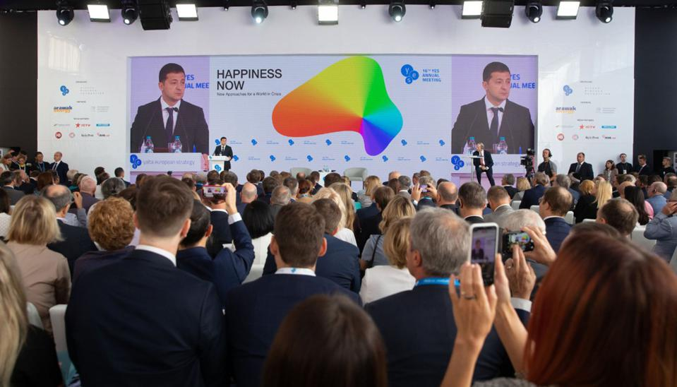 Ukraine's New President Zelensky Hints At Peace With Russia