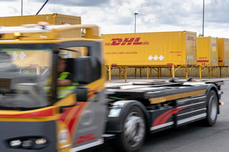 Opening of the new DHL freight terminal
