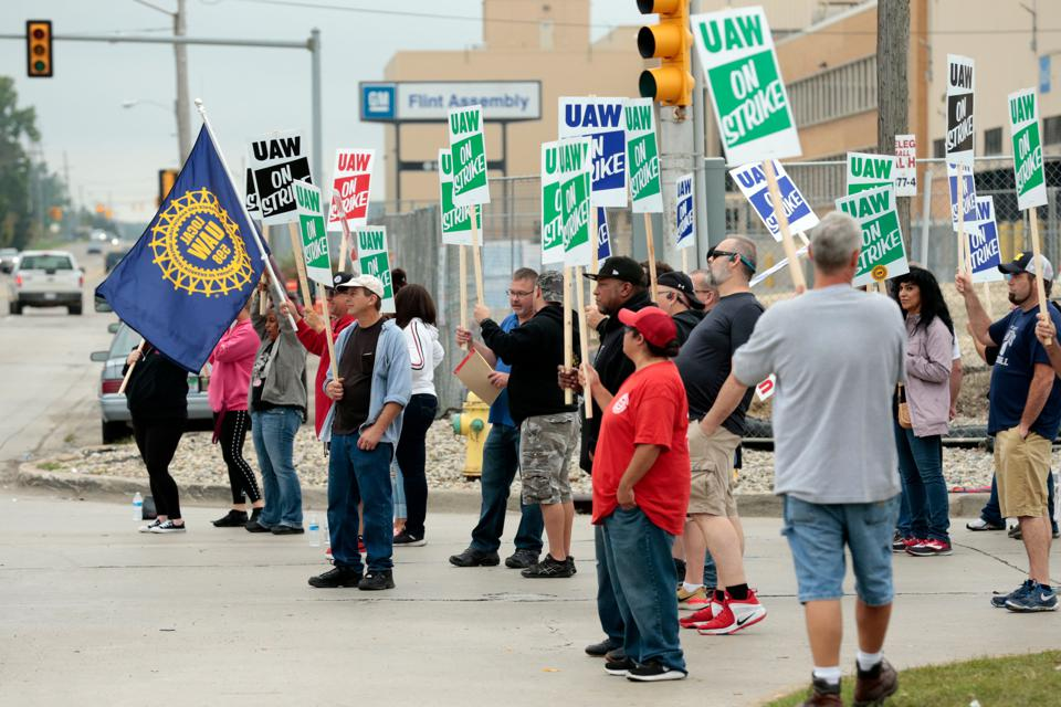 The UAW Didn't Learn From General Motors' Bankruptcy