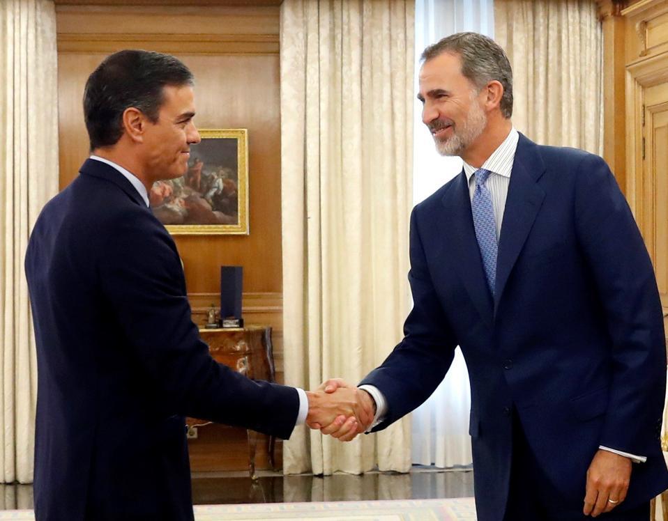 SPAIN-POLITICS-PARLIAMENT-ROYALS
