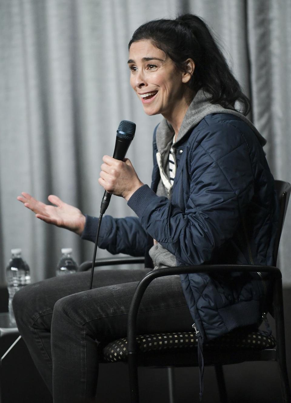 American comedian Sarah SIlverman responded to a crude and angry tweet with love and kindness (Photo by Rodin Eckenroth/Getty Images)