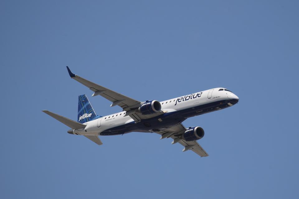 JetBlue Airways. It's one of the best airlines to fly this fall.