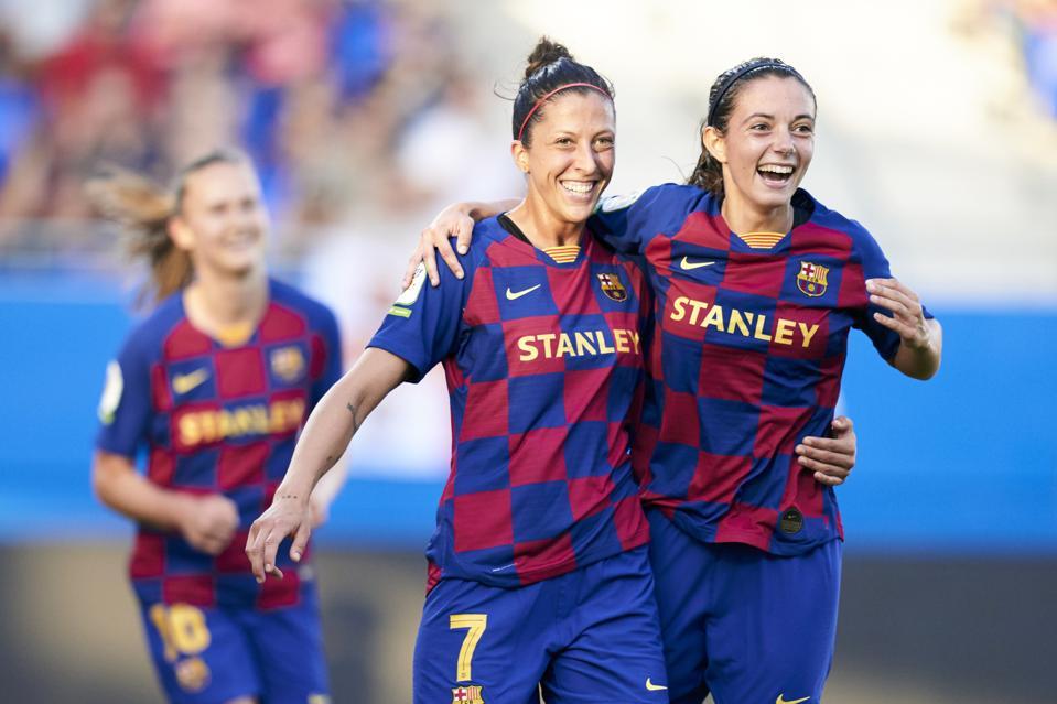 FC Barcelona Femeni v CD Tacon - Primera Iberdrola