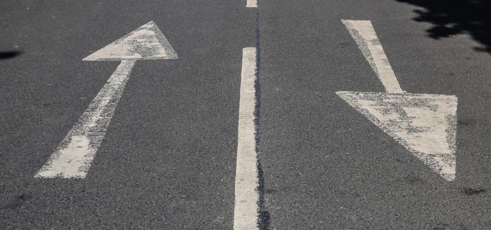 Arrows in opposite directions