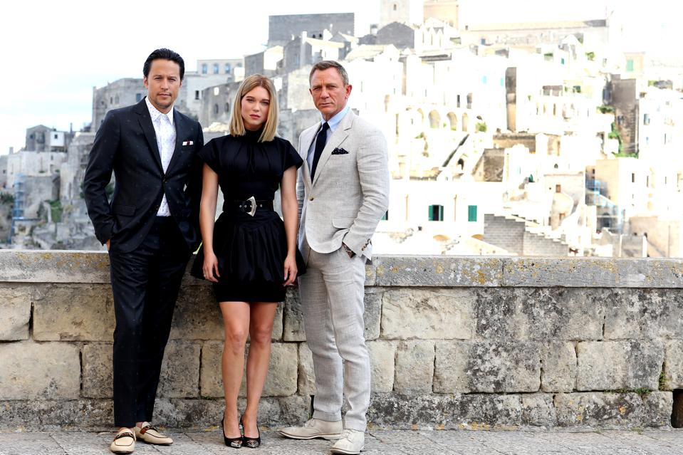 The Wait Is Over: First Trailer For Daniel Craig's Bond ...
