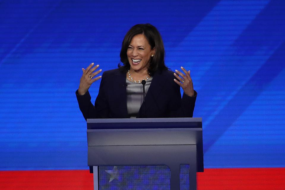 Kamala Harris Tells Twitter Ceo Jack Dorsey To Suspend President Donald Trump S Account In New Letter