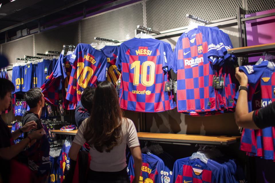 fc barcelona s 2020 21 away shirt design is leaked 2020 21 away shirt design is leaked