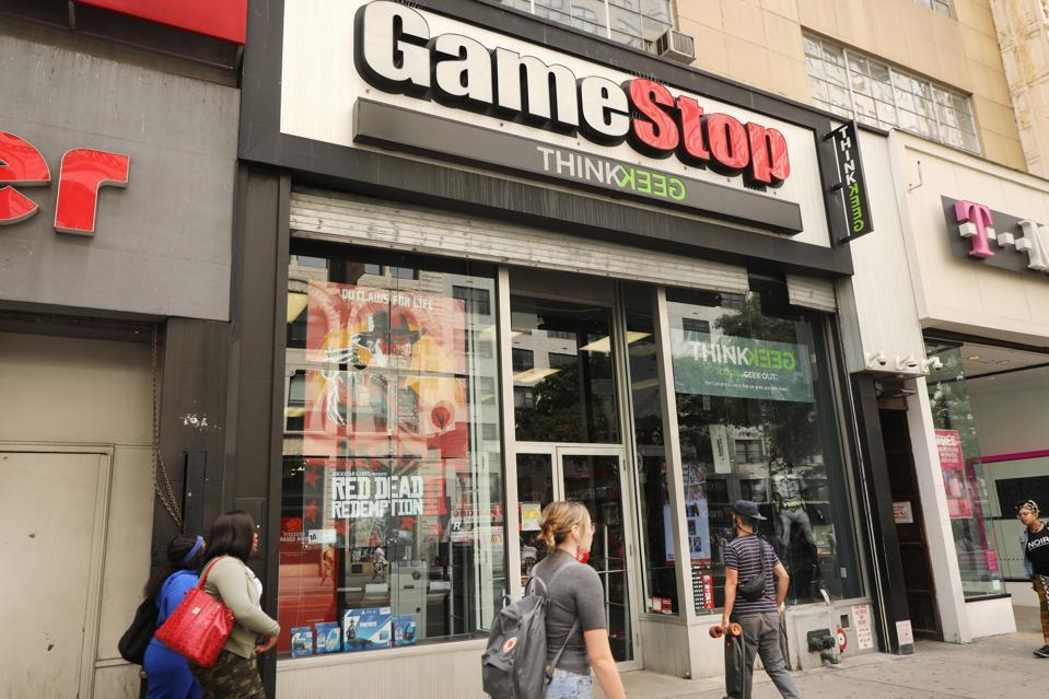 GameStop Sales Continue To Plummet In Its Third Quarter