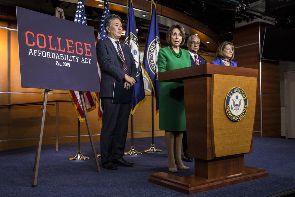 Nancy Pelosi, House Democrats Unveil  College Affordability Act
