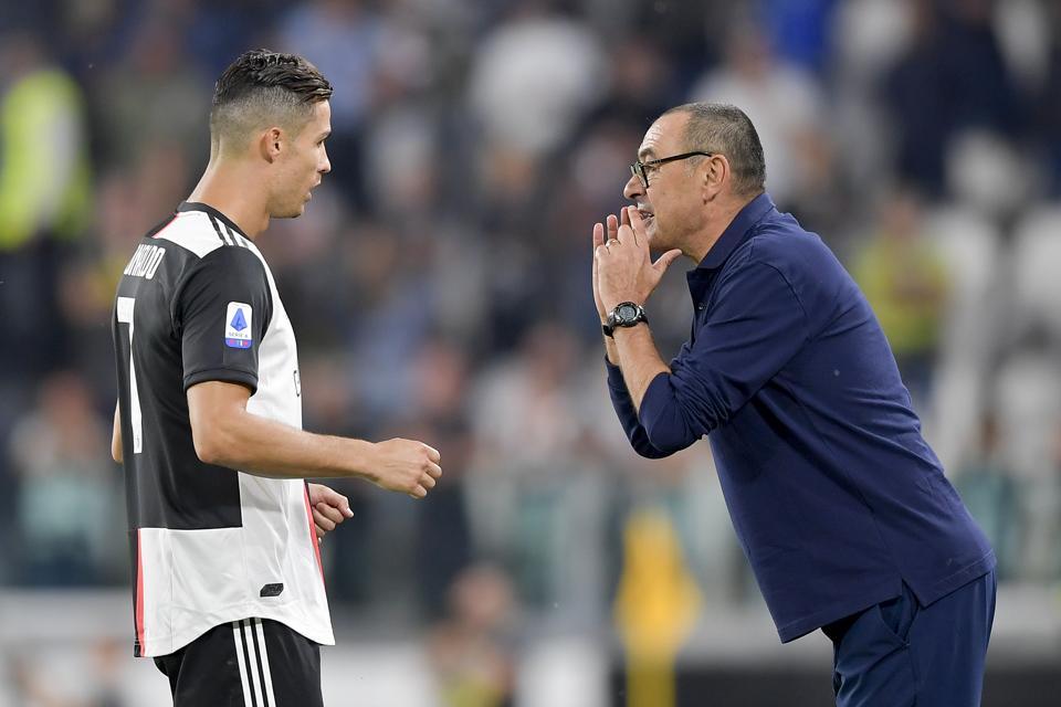 Maurizio Sarri Juventus Manager Salutes Champion Cristiano Ronaldo Following Parma Victory