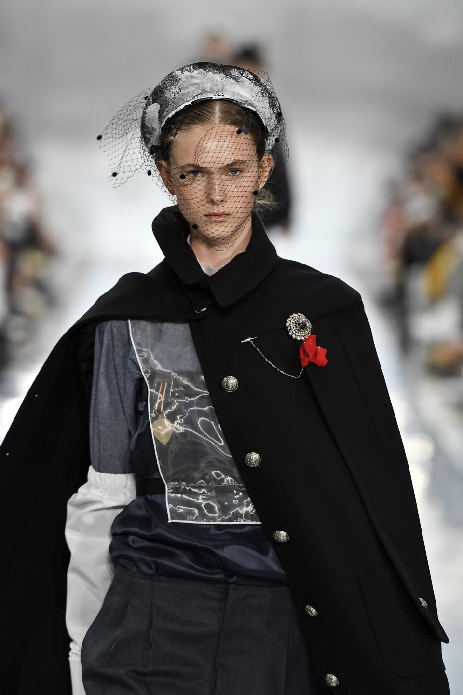 Celebrity Fashion: Maison Margiela : Runway - Paris Fashion Week - Womenswear Spring Summer 2020