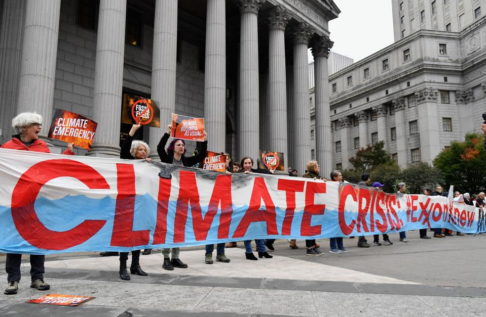 US-POLITICS-EXXONMOBILE-PROTEST