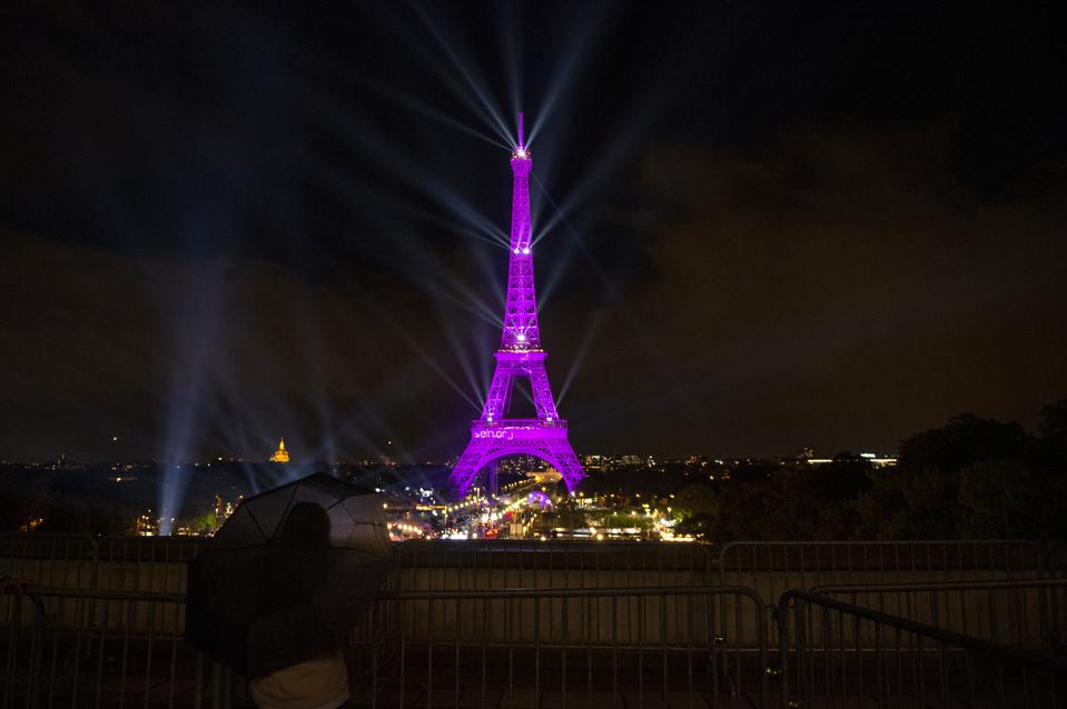 ″Octobre Rose″ : Launch Party To Benefit Breast Cancer Research In Paris