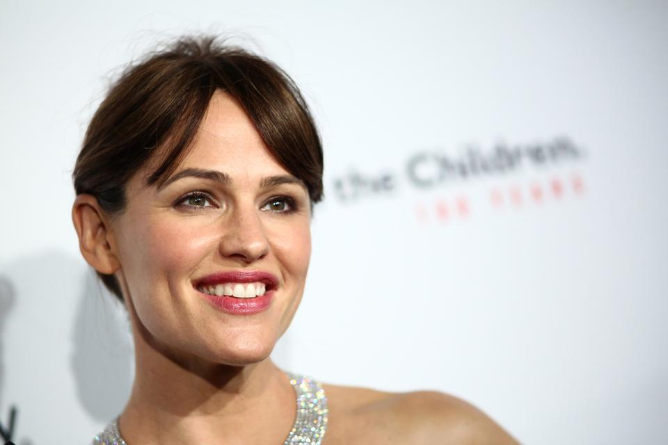 Here Is Jennifer Garner's Video For Breast Cancer Awareness