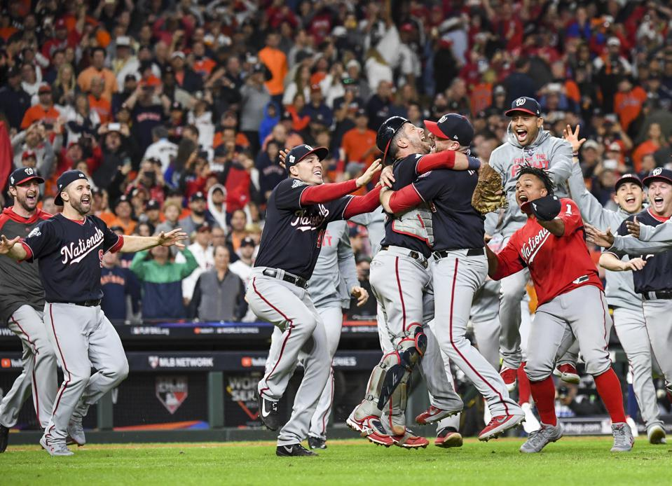 2019 MLB WORLD SERIES PROGRAM WASHINGTON NATIONALS HOUSTON ASTROS BASEBALL TEAMS