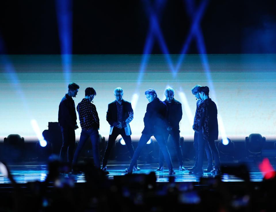 5 Ways SuperM's No. 1 Album Makes History On The Billboard 200