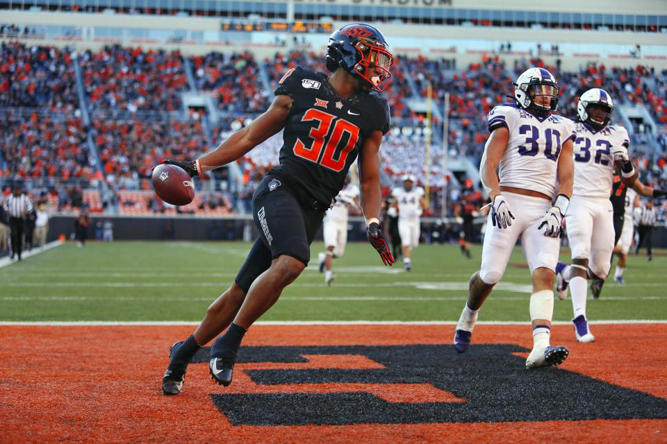 Oklahoma State's Chuba Hubbard Deserves To Be In Times Square As A Heisman Finalist