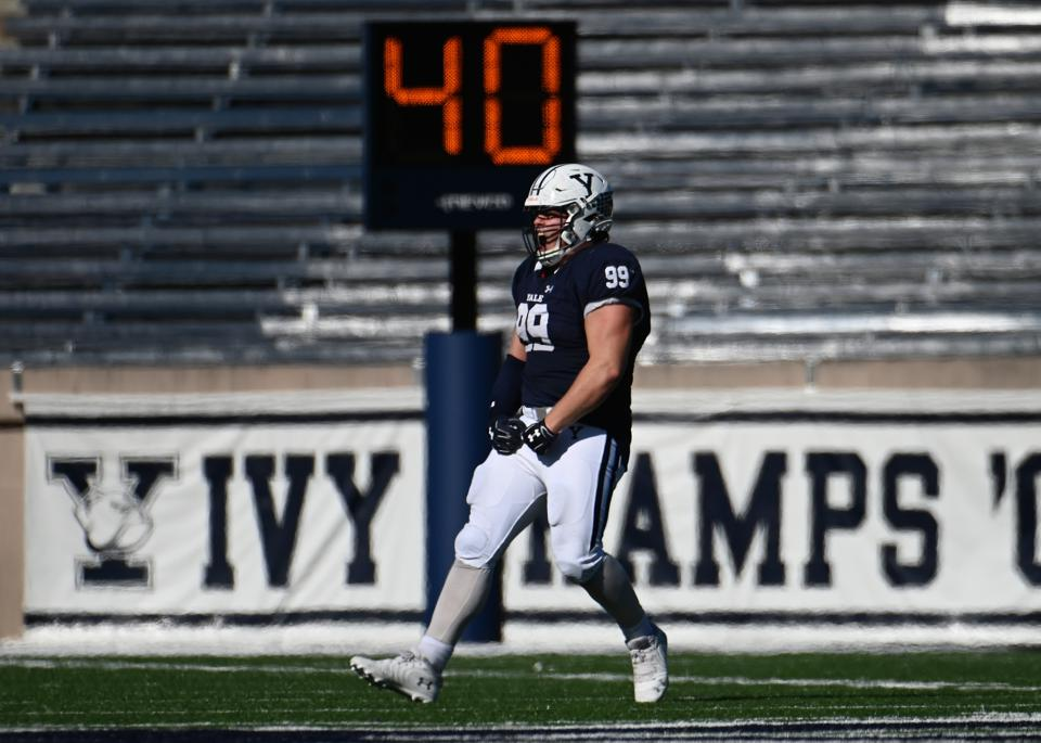 COLLEGE FOOTBALL: NOV 02 Columbia at Yale