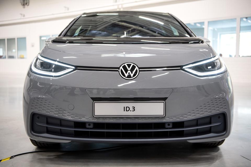 VW - Opening of the production plant for battery systems