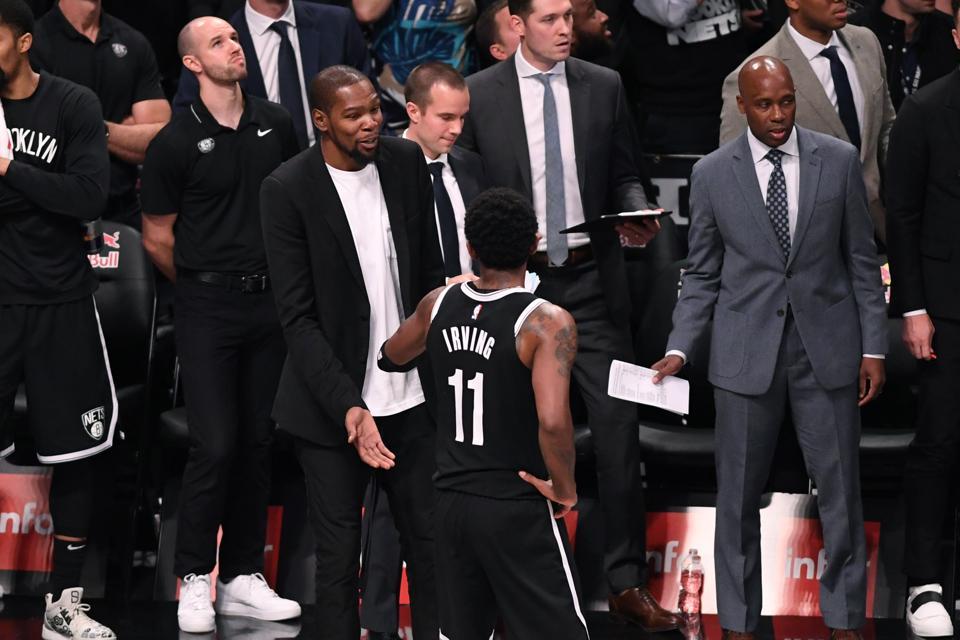 籃網總經理支持厄文:他向管理層索要補強沒毛病,大家都是為了總冠軍!-籃球圈