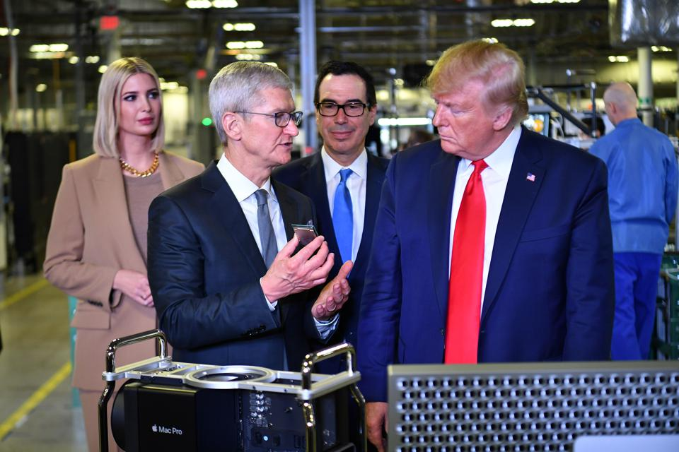 US-POLITICS-TRUMP-technology-Apple