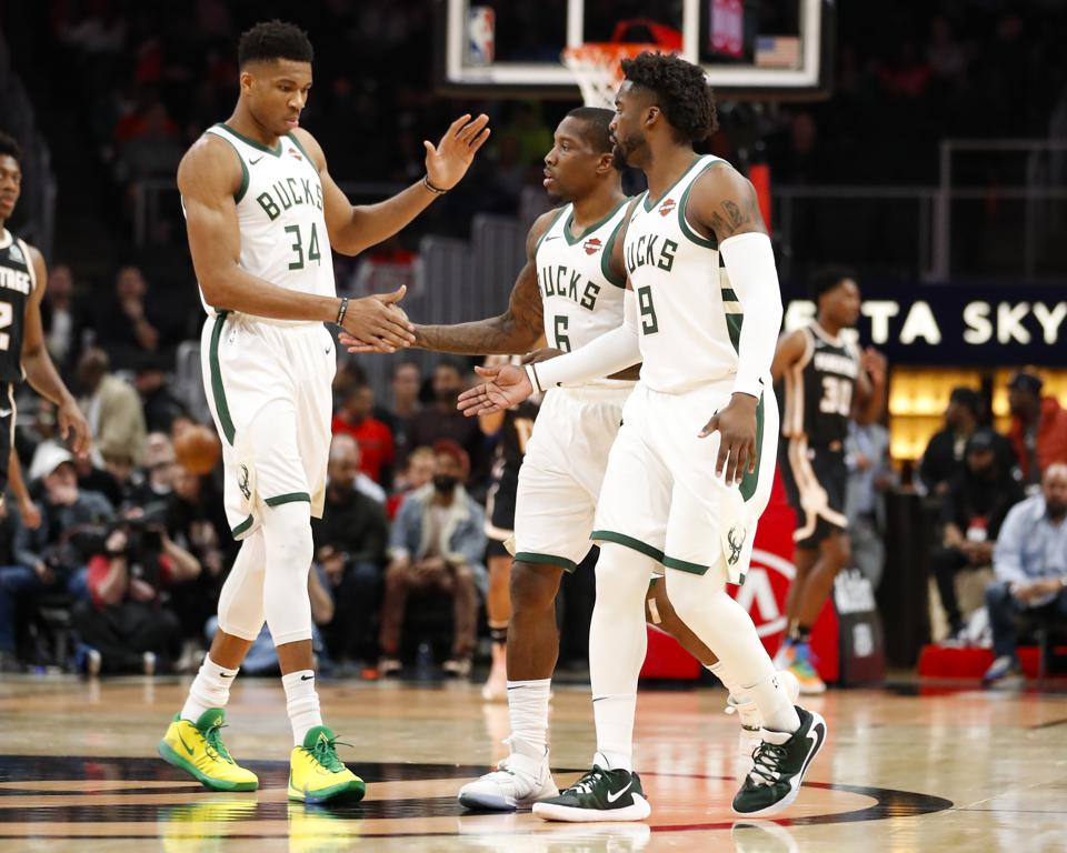 Bucks' Starting Lineup Is A Nightmare For NBA Offenses