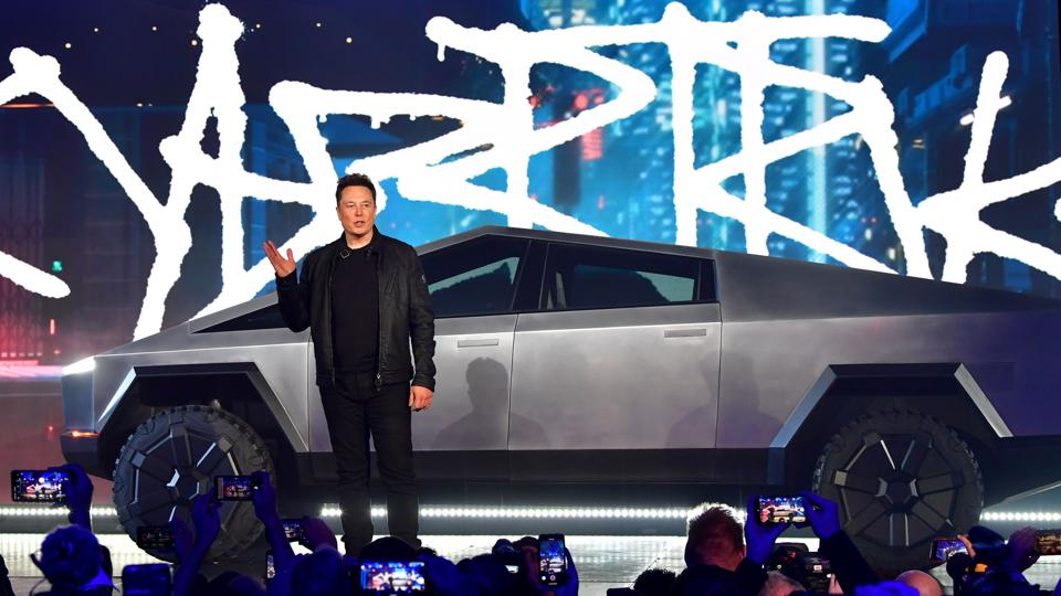 US-AUTOMOBILE-TESLA-CYBERTRUCK