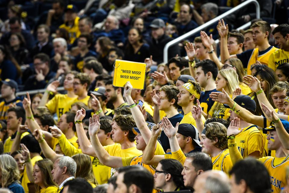Michigan Wolverines Vaulting Up Polls, Other AP Poll Insight