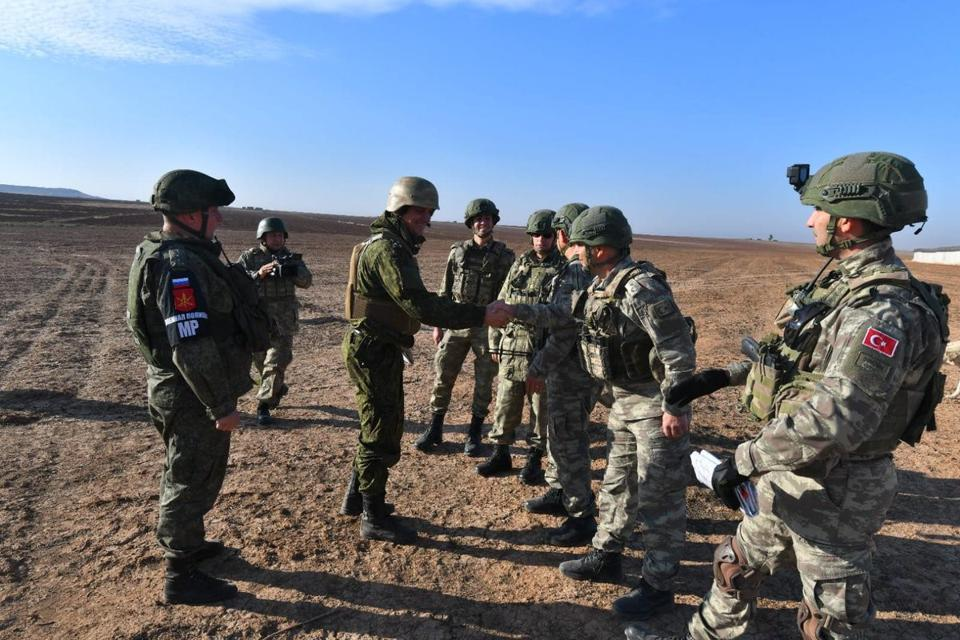 Turkey, Russia complete 10th joint ground patrols