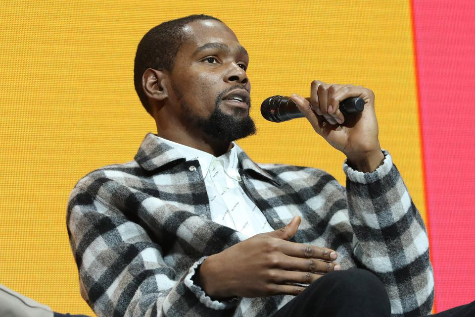 Kevin Durant speaks during the 2019 Forbes 30 Under 30 Summit.