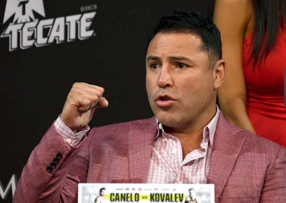Oscar De La Hoya is working to restart boxing as early as July.