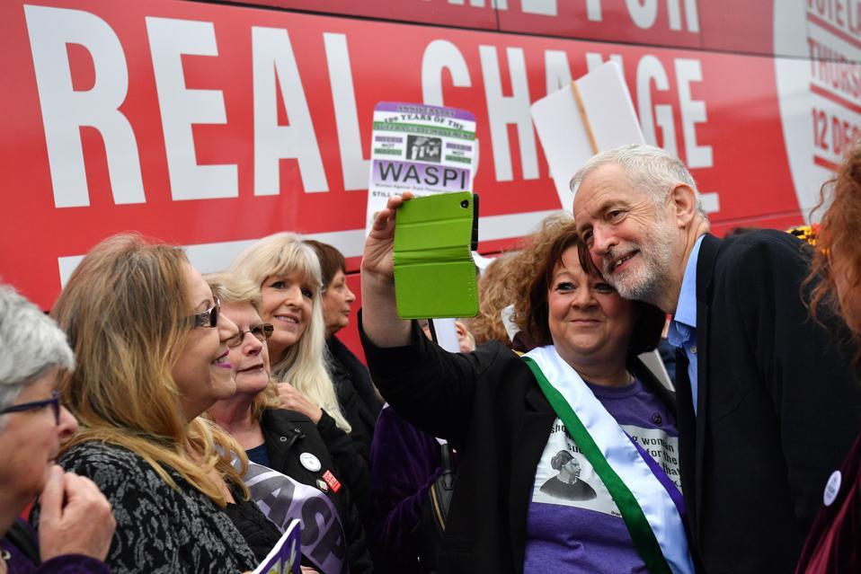 Les campagnes Corbyn du leader britannique du mouvement syndical dans les Midlands de l'Est