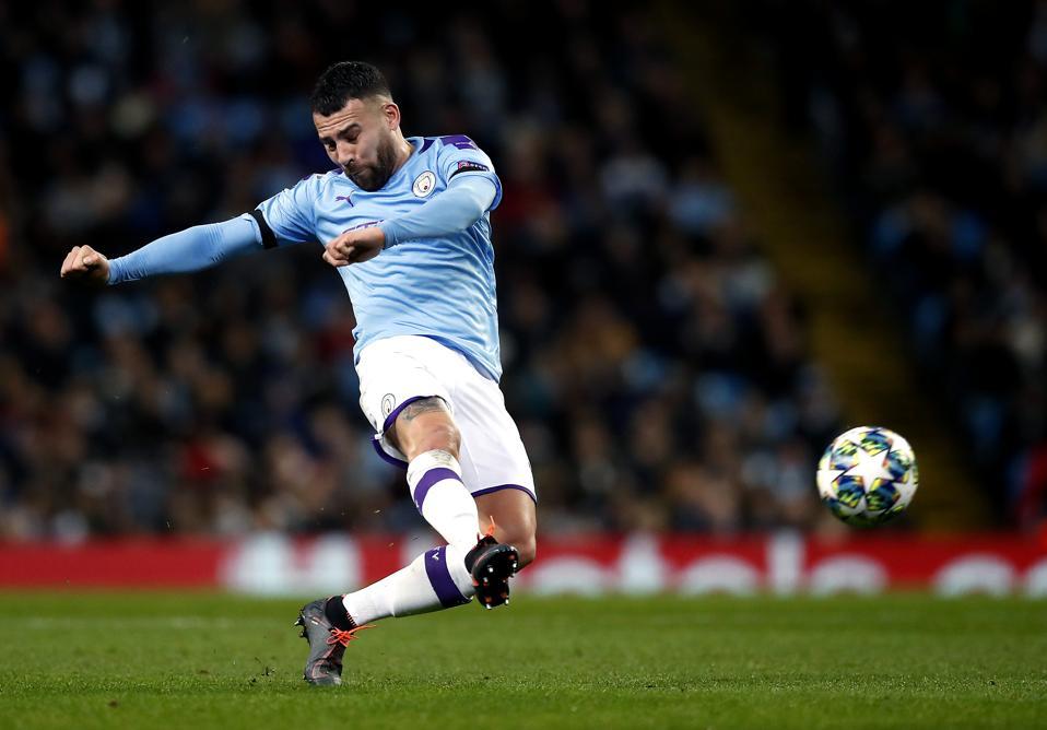 Manchester City v Shakhtar Donetsk - UEFA Champions League - Group C - Etihad Stadium