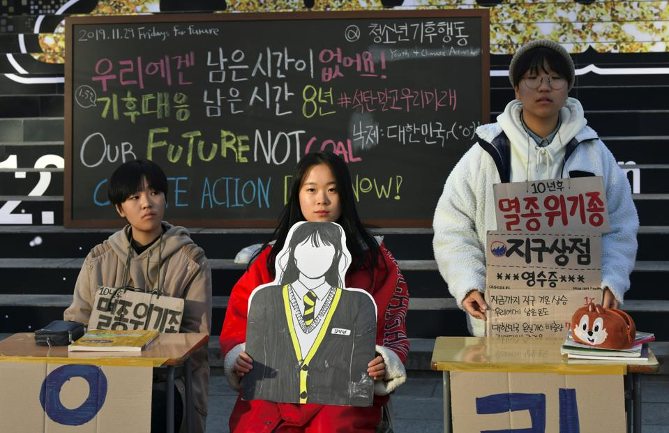 South Korean students protesting against inaction on climate change, November 29, 2019.