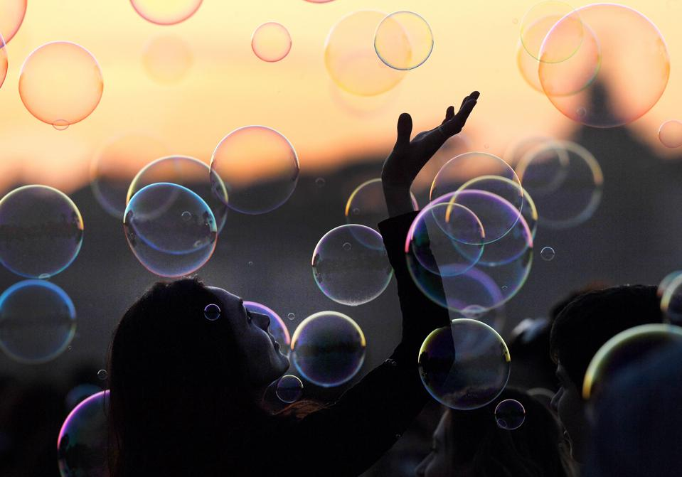How To Play With (Stock Market) Bubbles