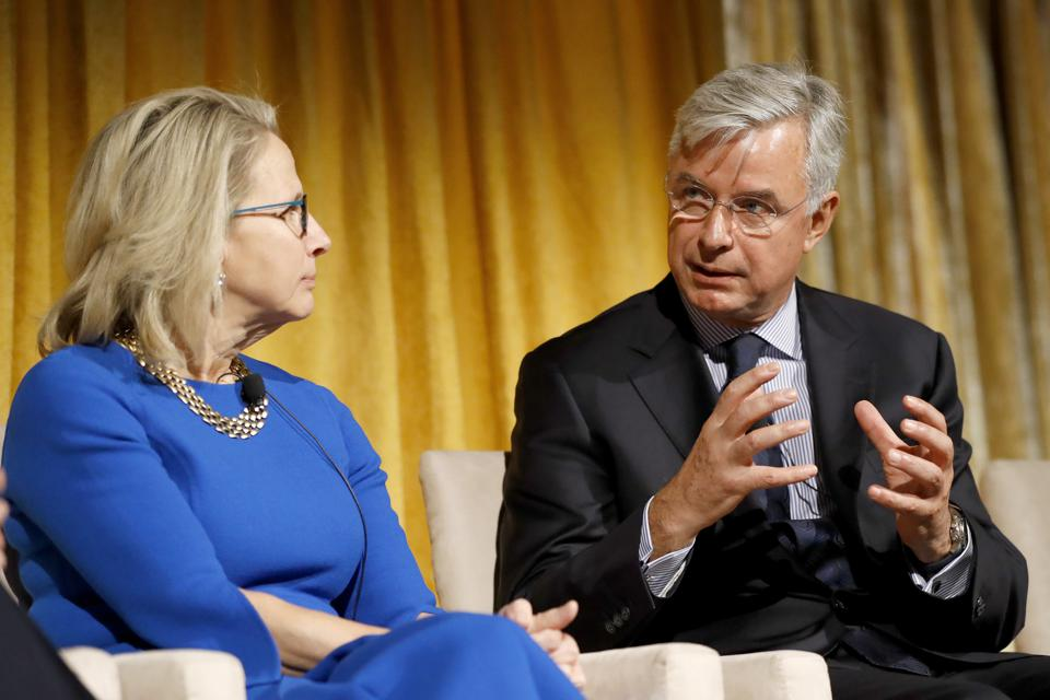 Honoring S&P 500 and F1000 companies moving towards gender equality on corporate boards