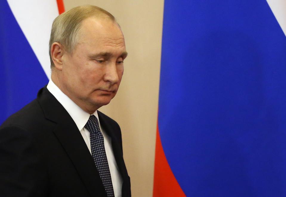 الرئيس الروسي فلاديمير بوتين يستقبل الرئيس الصربي ألكسندر فوتشيتش في سوتشي