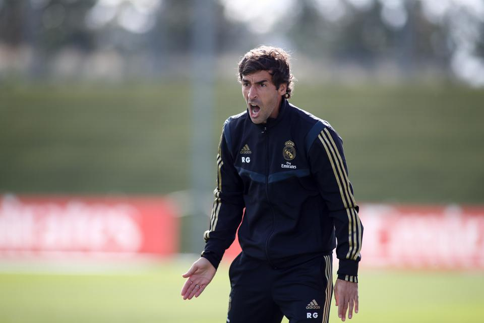 Raul In Line To Take Over From Zidane At Real Madrid