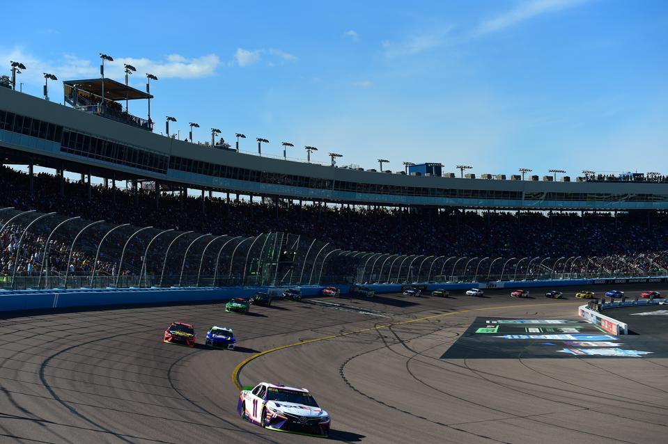 Monster Energy NASCAR Cup Series Bluegreen Vacations 500